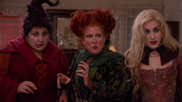 How to Watch Tonight's 'Hocus Pocus' Charity Reunion Show