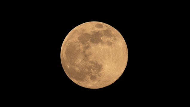 When to See the 'Strawberry Moon,' the Last Supermoon of 2021